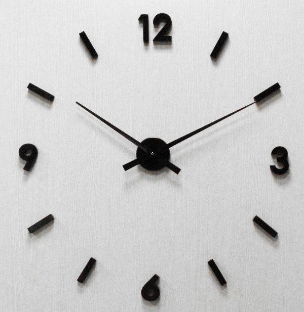 Nalepovací černé nástěnné hodiny JVD HW53.4 na zeď