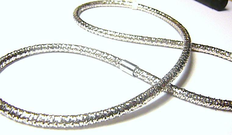 Luxusní natahovací zlatý náhrdelník z bílého zlata 3,07gr P014