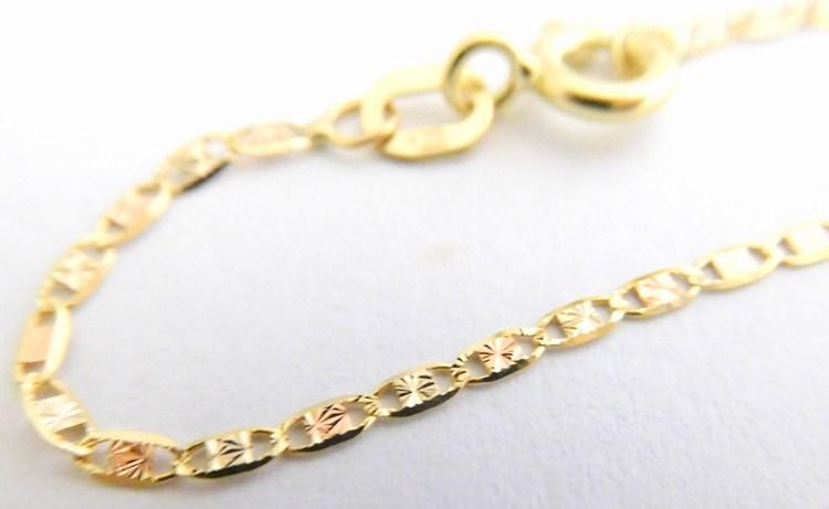 c9b97a523 Luxusní dámský zlatý náramek ze žlutého zlata s gravírováním 585/0,82g 19cm  3040483
