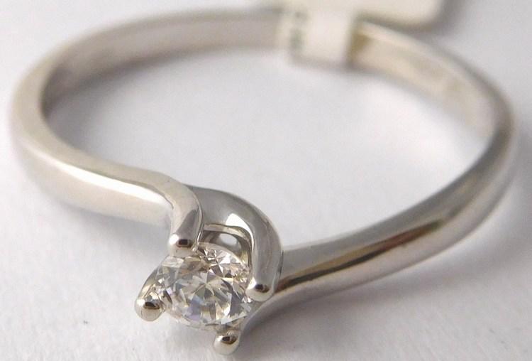 Zásnubní zlatý prsten z bílého zlata se zirkonem 585/1,35gr vel.51 1860384 (1860384 - POŠTOVNÉ ZDARMA)