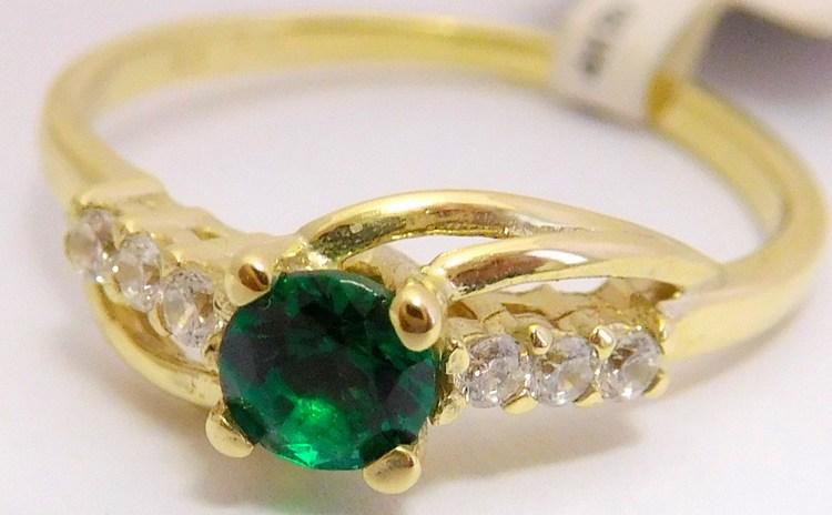 Zásnubní zlatý prsten se zeleným smaragdem 585/1,90gr vel.51 6810640