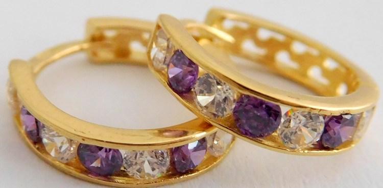 Zlaté kroužky se zirkony a fialovými ametysty průměr 12mm 585/1,45gr 1136024