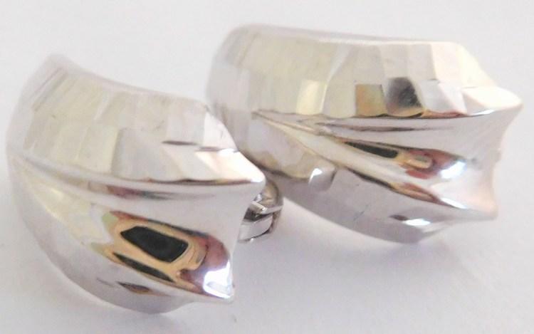Mohutné lesklé zlaté náušnice z bílého zlata s patentovým zap. 585/1,67gr H937 (POŠTOVNÉ ZDARMA!!)