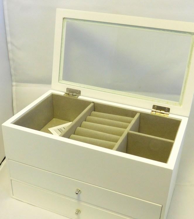 Dřevěná bílá třípatrová šperkovnice se šuplíčky 81147 s proskleným víkem (třípatrová bílá šperkovnice)