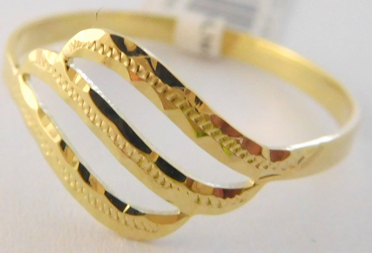 Celozlatý gravírovaný dámský prsten ze žlutého zlata 585/1,05gr vel. 56 3211003