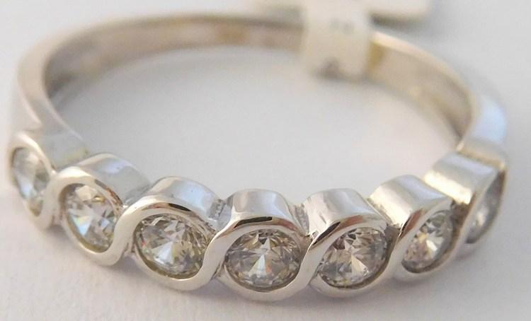 Dámský luxusní prsten z bílého zlata se zirkony 585/2,35gr vel. 53 6860007 (POŠTOVNÉ ZDARMA!!!!)