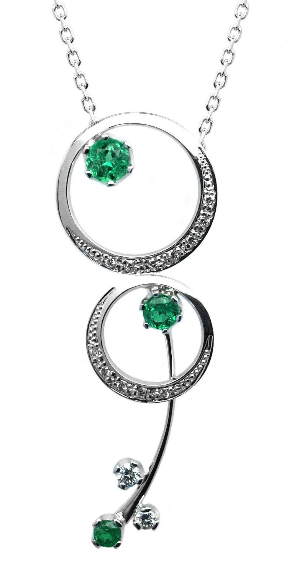 178599cb6 Ručně vyrobený náhrdelník z bílého zlata se smaragdem a diamanty J-29527-17
