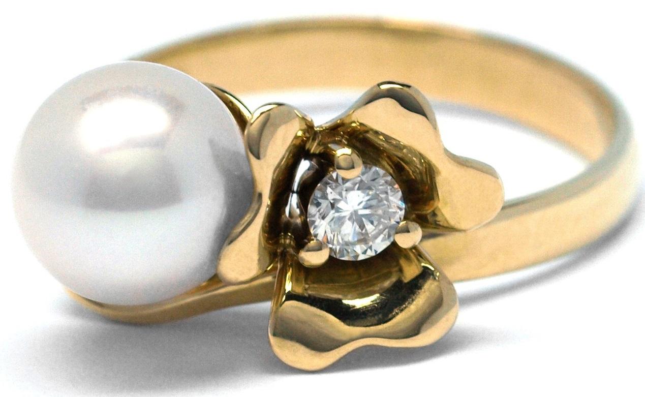 Ručně vyrobený prsten s diamantem a perlou ze žlutého zlata J-29969-18