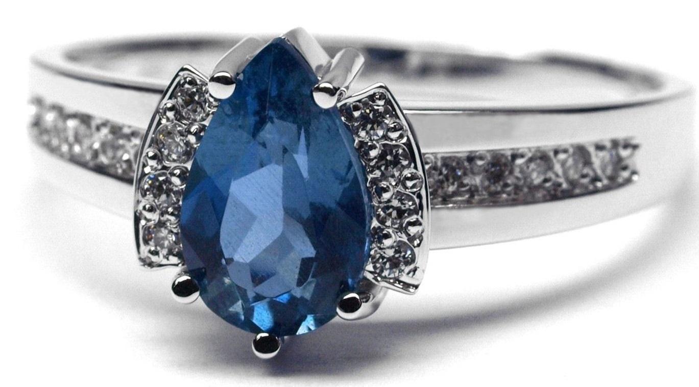 Ručně vyrobený prsten z bílého zlata s akvamarínem a diamanty J-28739-17
