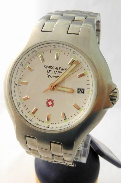 Pánské švýcarské hodinky Swiss Alpine Military by GROVANA 1502.1133 SAM  (1502.1133 SAM - POŠTOVNÉ ZDARMA d91da7524f