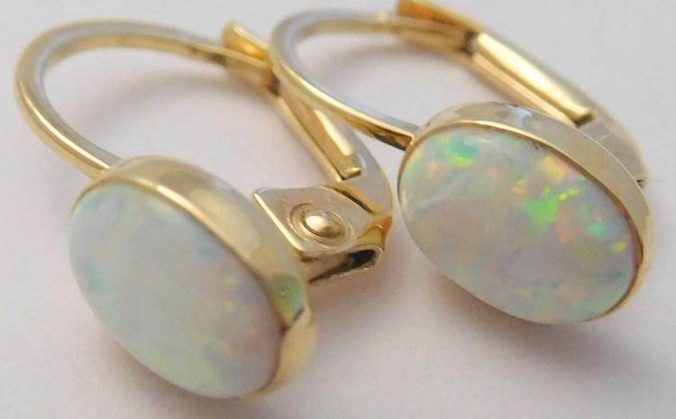 Zlaté luxusní náušnice s velkými bílými opály (oválky) 585/1,47gr 1157045