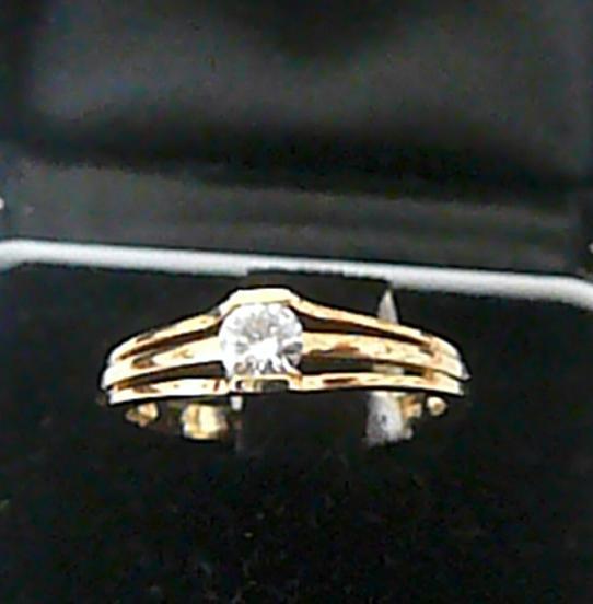 Zlatý zásnubní prstýnek s mohutným diamantem vel. 52 585/2,3 gr