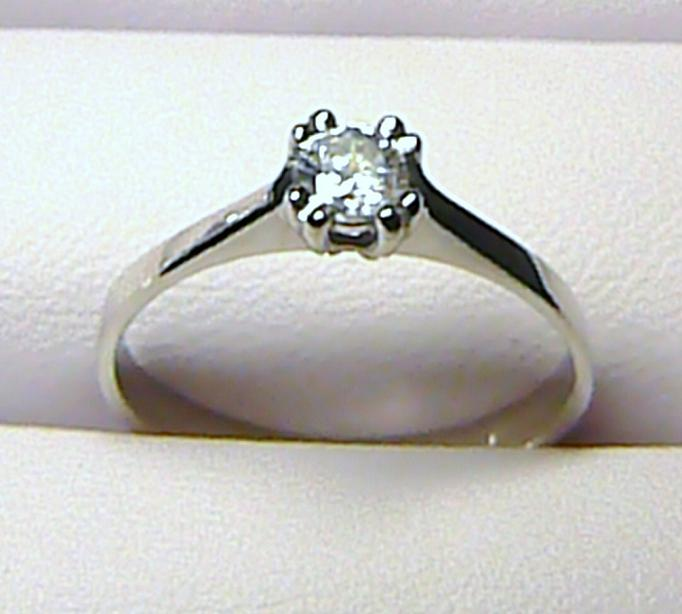 Zásnubní zlatý prsten z bílého zlata s velkým zirkonem vel. 61/2,3 gr Z014