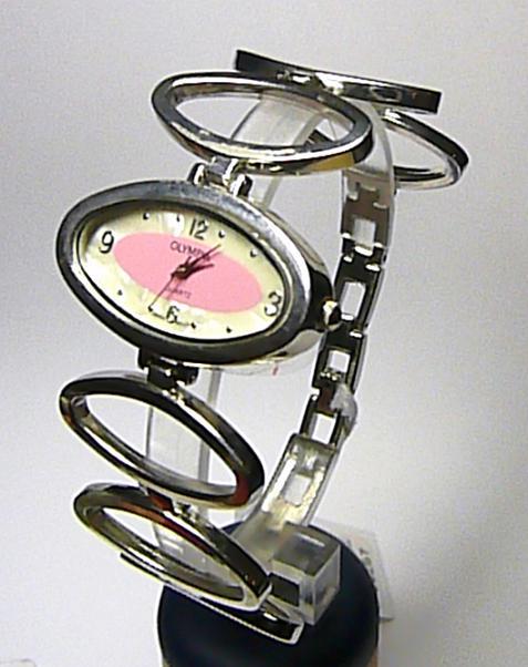 Dámské moderní stříbrné růžové hodinky Olympia 50257