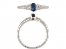 Prsten s diamantem, bílé zlato briliant, modrý safír (3861136-0-53-92)
