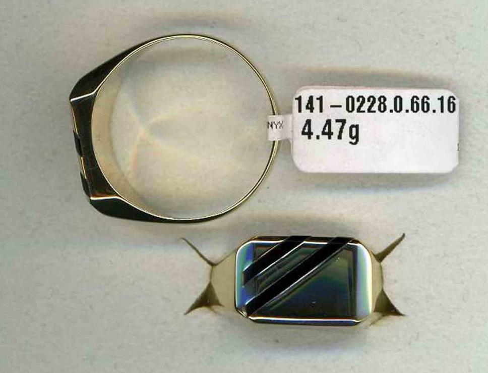 Pánský luxusní mohutný zlatý prsten s onyxem - žluté zlato 585/5,07gr vel. 74,75