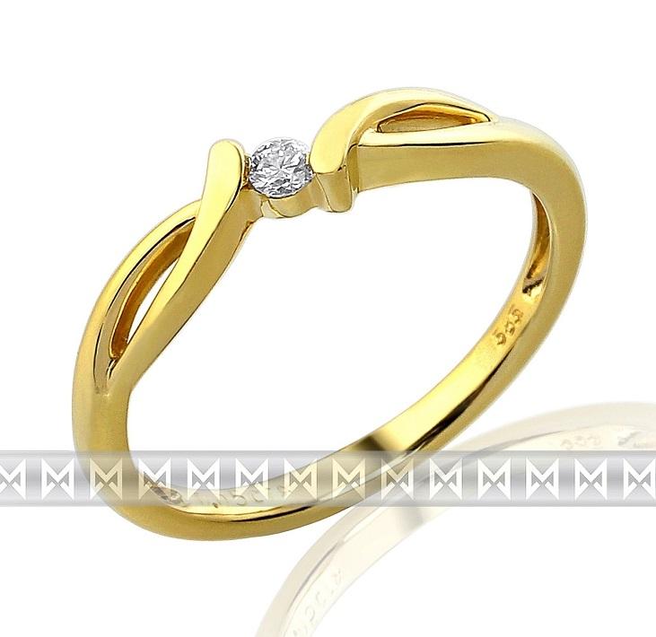 Luxusní zásnubní zlatý prsten ze žlutého zlata s diamantem (briliant) - 1,95gr
