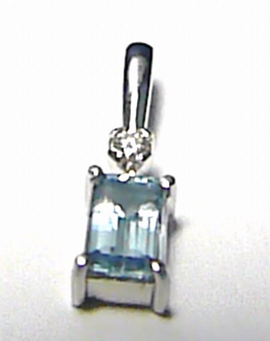 Diamantový přívěsek z bílého zlata s briliantem a přírodním beryl-akvamarínem