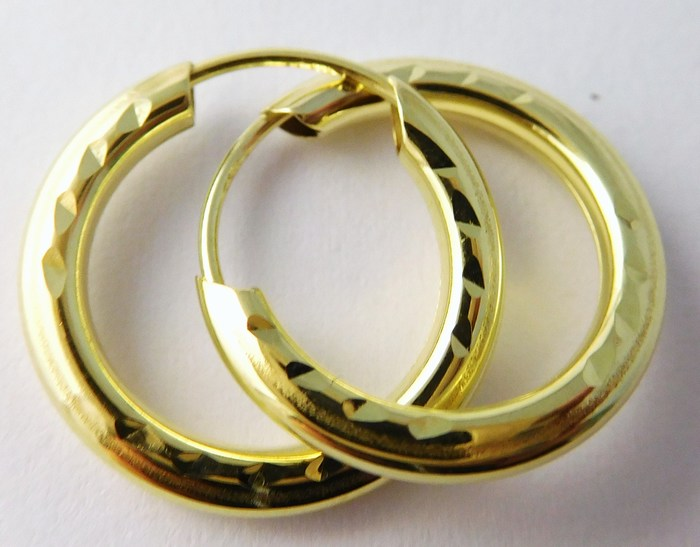 Zlaté kruhy - zlaté náušnice kroužky 15mm 585/0,55gr T055 (gravírované)