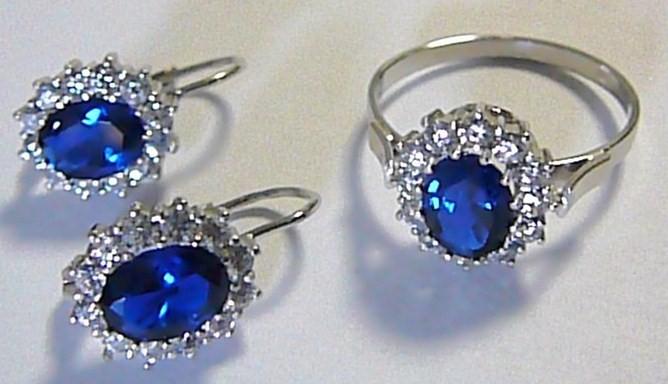 bfea60ec1 Luxusní souprava z bílého zlata Kate Middleton s modrým safírem a zirkony 6,4  gr