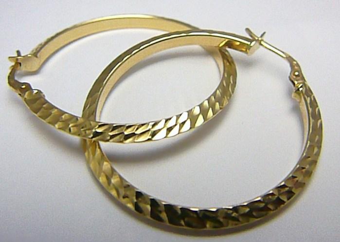 Obrovské velké mohutné zlaté kruhy s gravírováním pr.34mm 585/3,05gr H282