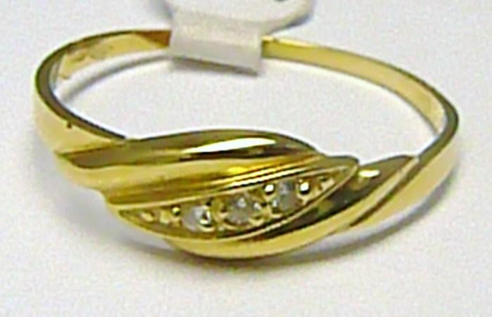 Zlatý dámský prsten se třemi zirkony vel. 62 585/1,55 gr P363 POŠTOVNÉ ZDARMA! (1810231)