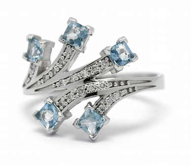 Diamantový prsten s brazilskými akvamaríny (0,645ct) 585/3,43 gr J-22188-13