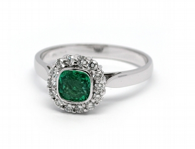 Luxusní prsten se zeleným smaragdem (Brazílie) 585/2,36 gr J-21920-13 POŠTOVNÉ ZDARMA! ( J-21920-13)
