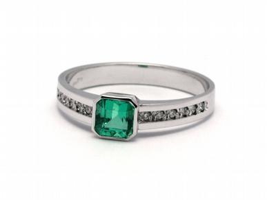 Luxusní zásnubní prsten se zeleným smaragdem (Kolumbie) 585/2,24 gr J-21659-12 POŠTOVNÉ ZDARMA! (21659-12)