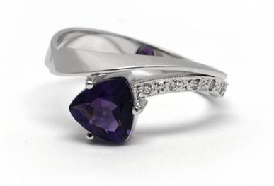 Diamantový zásnubní prsten s ametystem 585/2,21 gr J-20738-12 POŠTOVNÉ ZDARMA! (20738-12)