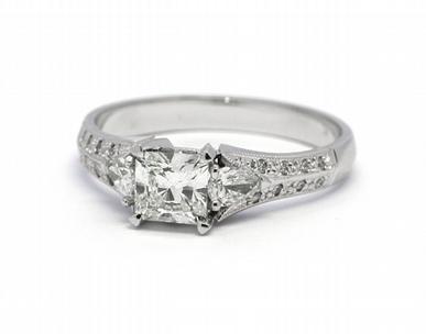 Zásnubní diamantový prsten s přírodními diamanty 585/3,13 gr J-21609-12 POŠTOVNÉ ZDARMA!