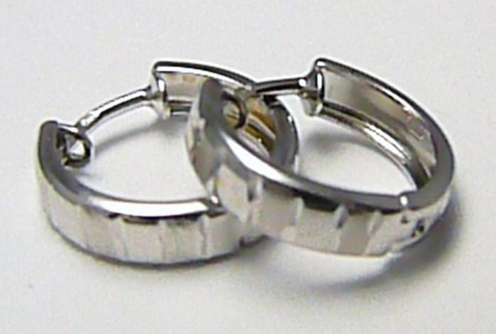 Zlaté náušnice - půlkroužky s gravírováním z bílého zlata 585/1,25gr H429 POŠTOVNÉ ZDARMA!