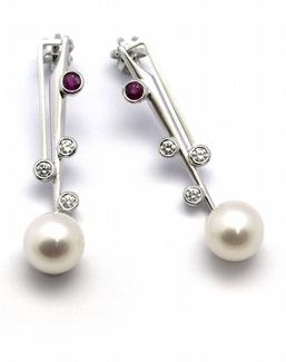 Zlaté náušnice s perlami, rubíny a diamanty 585/2,98 gr J-21679-12 POŠTOVNÉ ZDARMA!