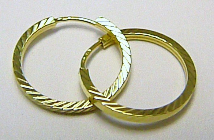 Silnější plné zlaté kruhy s gravírováním 17mm 585/1,18gr Z055