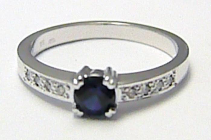 Diamantový zásnubní prsten s modrým safírem 585/2,45 gr D008 POŠTOVNÉ ZDARMA! (J-24579-14)