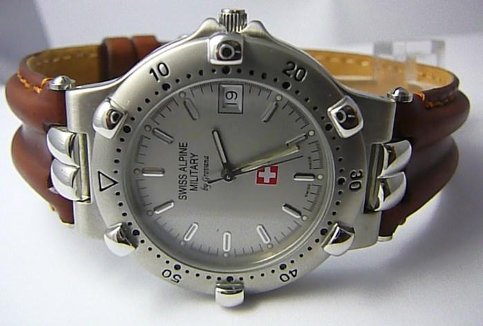 Pánské švýcarské luxusní hodinky Grovana 1505.1532 SWISS ALPINE MILITARY 5ATM POŠTOVNÉ ZDARMA!