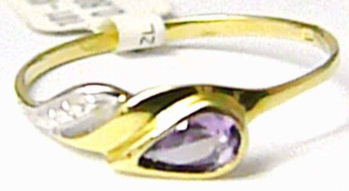 Dámský zlatý prsten se zirkonem a fialovým ametystem vel. 53 585/0,80 gr P410