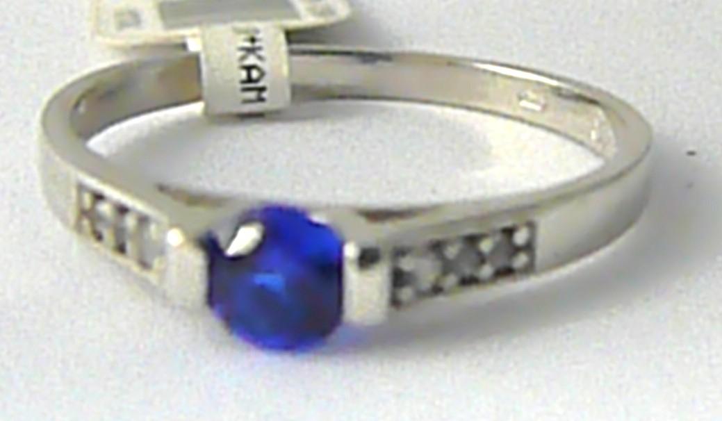 Zásnubní prsten z bílého zlata s modrým safírem 585/1,47 gr vel. 54 P631 (3560218)