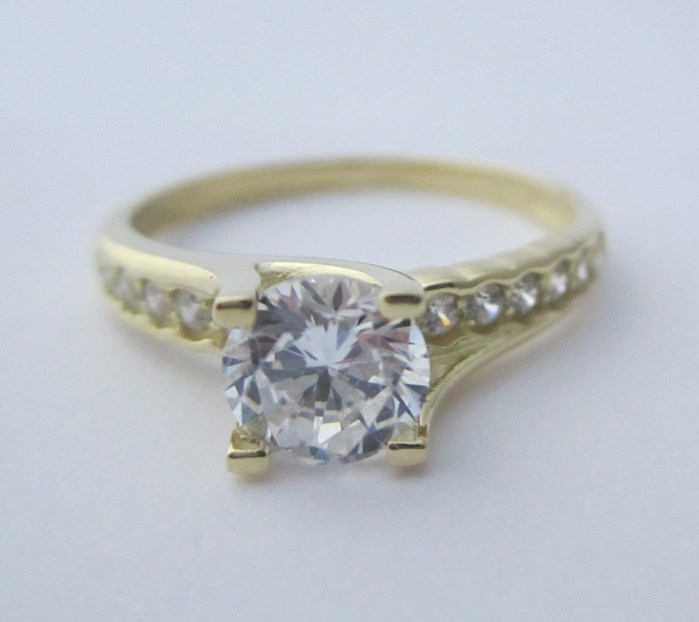 Luxusní zásnubní zlatý prsten se zirkony vel. 53 585/2,58 gr Z124 (223041299)