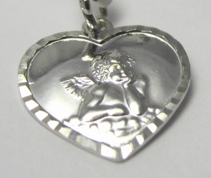 Velký přívěsek z bílého zlata ve tvaru srdce - andělíček 0,85 gr P666