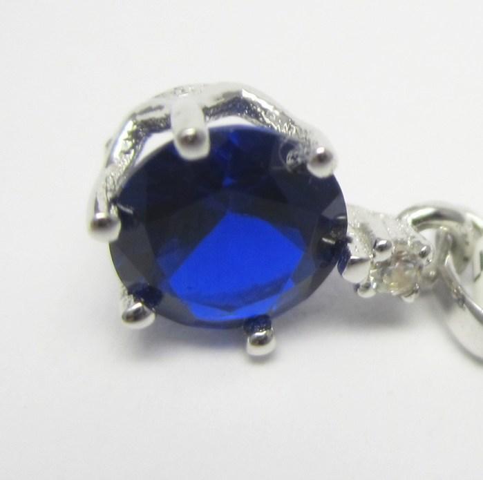 Dámský přívěšek z bílého zlata se zirkonem a modrým safírem 585/0,62gr P688