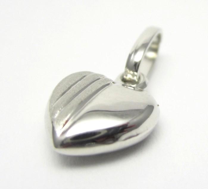 Zlaté srdce z bílého zlata - přívěsek s gravírováním 585/0,47gr H658