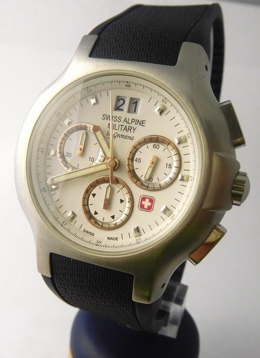 Pánské švýcarské hodinky Swiss Alpine Military by GROVANA 1502.9133 SAM POŠTOVNÉ ZDARMA!! (1502.9133 SAM)