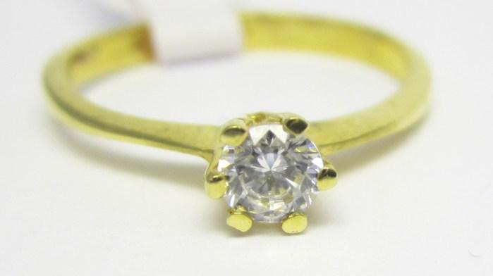 Elegantní zásnubní prstýnek ze žlutého zlata se zirkonem vel.54 585/1,62gr H690 POŠTOVNÉ ZDARMA!!