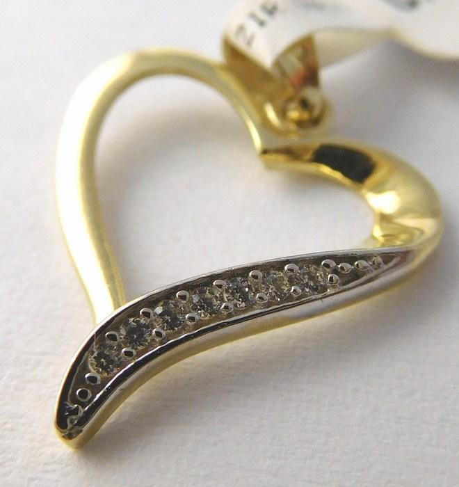 Zlatý přívěsek - zlaté srdíčko se zirkony pro zamilované 585/0,70gr P750 POŠTOVNÉ ZDARMA!!