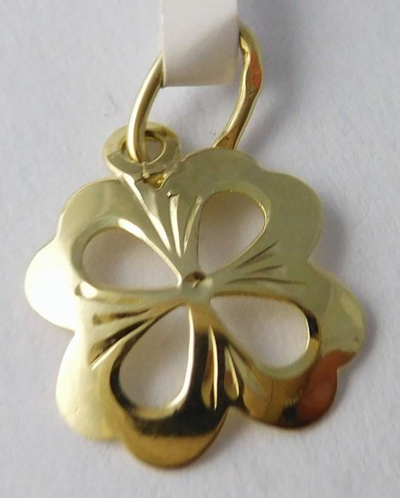 Zlatý přívěsek - čtyřlístek pro štěstí s gravírováním 585/0,50gr 3220173 (3220173)