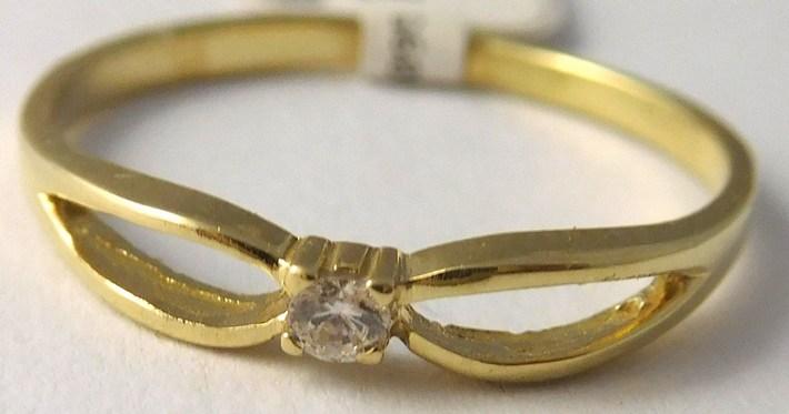 Zásnubní zlatý prstýnek ze žlutého zlata 585/1,0gr vel.51 6810095 (6810095)