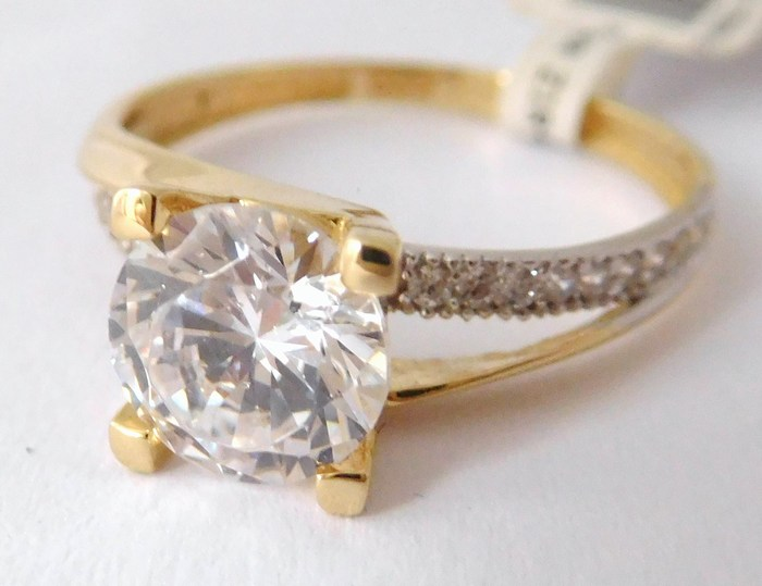 Luxusní mohutný zásnubní zlatý prsten se zirkonem 585/2,10gr vel. 54 1114079 (1114079 - POŠTOVNÉ ZDARMA)