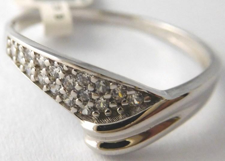 0c5c57920 Zásnubní zlatý prsten z bílého zlata se zirkony 585/1,55gr vel. 58