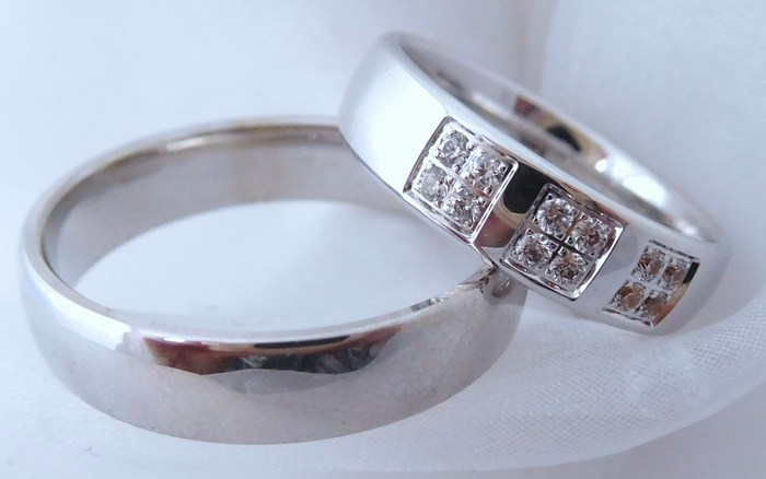 Luxusní zlaté snubní prsteny Couple 585/1000 5P4 (5P4)